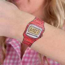 tatouage-enfant-tattly-montre-swatch