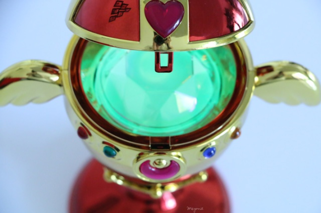 sailor-moon-chalice-proplica-sailor-moon