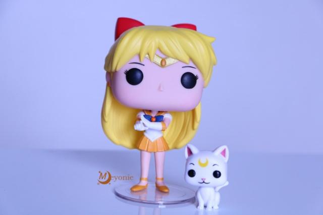 meyonie-sailor-moon-sailor-Venus-pop-vinyl-figurine