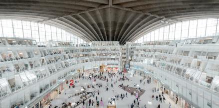 Architecture - au coeur de la voute du CNIT meyonie