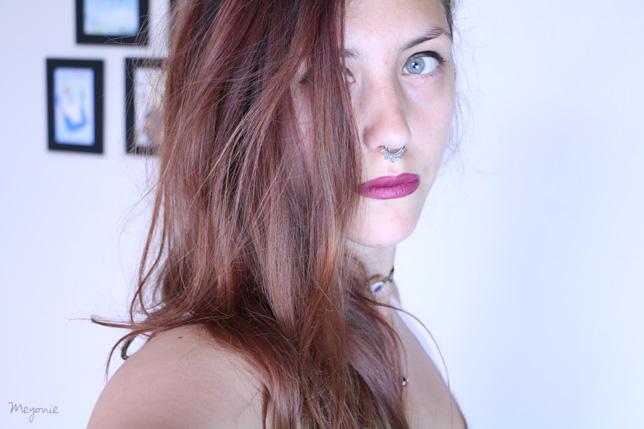 frange-cheveux-colorés-secs-abîmés-meyonie