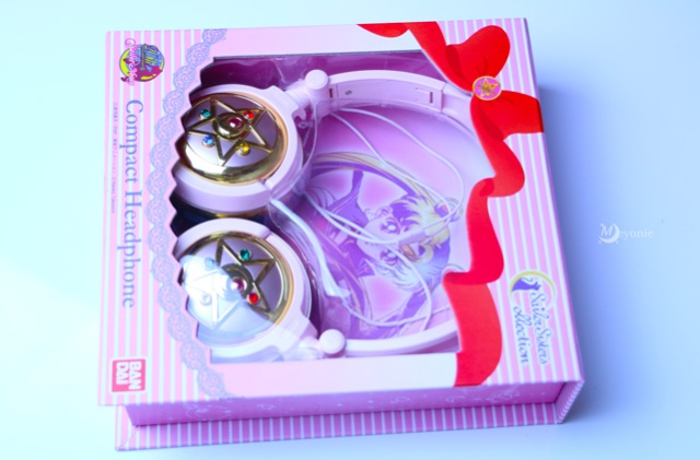 meyonie-compact-headphones-sailor-moon