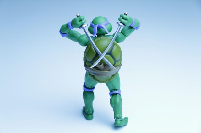 Sh figuarts tortues ninja meyonie - Leonardo tortues ninja ...