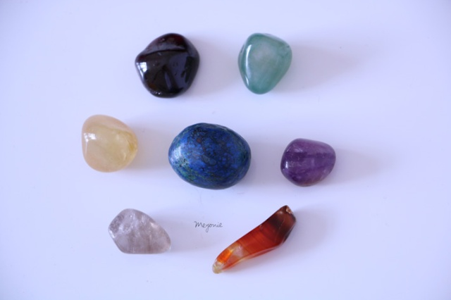 meyonie-7-chakras-pierres-lithotherapie