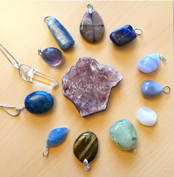 meyonie-lithotherapie-pierres-bijoux