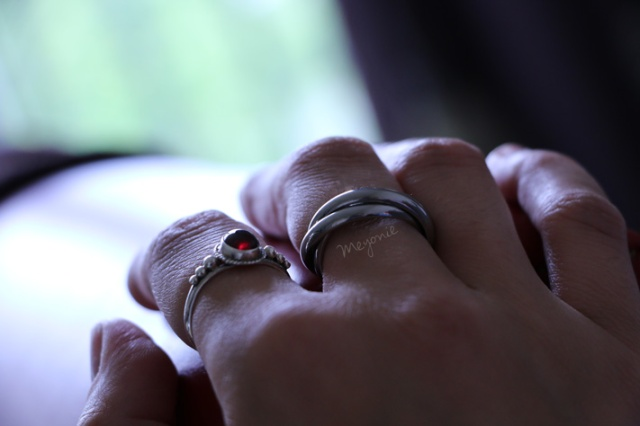 meyonie-pierre-bijoux-lithotherapie-grenat-alberto-bijoux