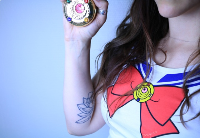 meyonie-tshirt-sailor-moon-abystyle